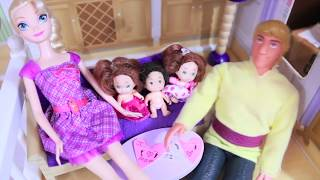 Kristoff FORGETS Mother's Day Frozen Barbie Parody Anna