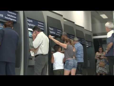A Greve Continua - Mobilização dos Bancários em Santos é ainda maior!