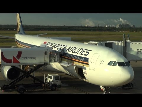 Singapore Airlines flight A330-300, Brisbane to Singapore