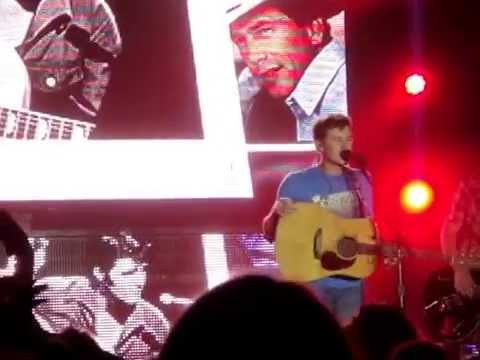 Scotty McCreery 6/26/14 Old Country music medley