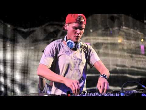 Best of Avicii Megamix 2014