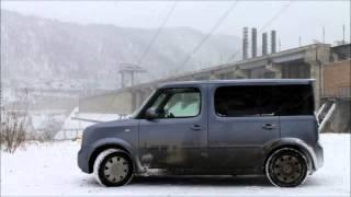 Nissan Cube Cubic тест тележки.wmv