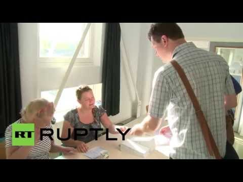 Netherlands: Dutch first to hit European Parliament polling stations