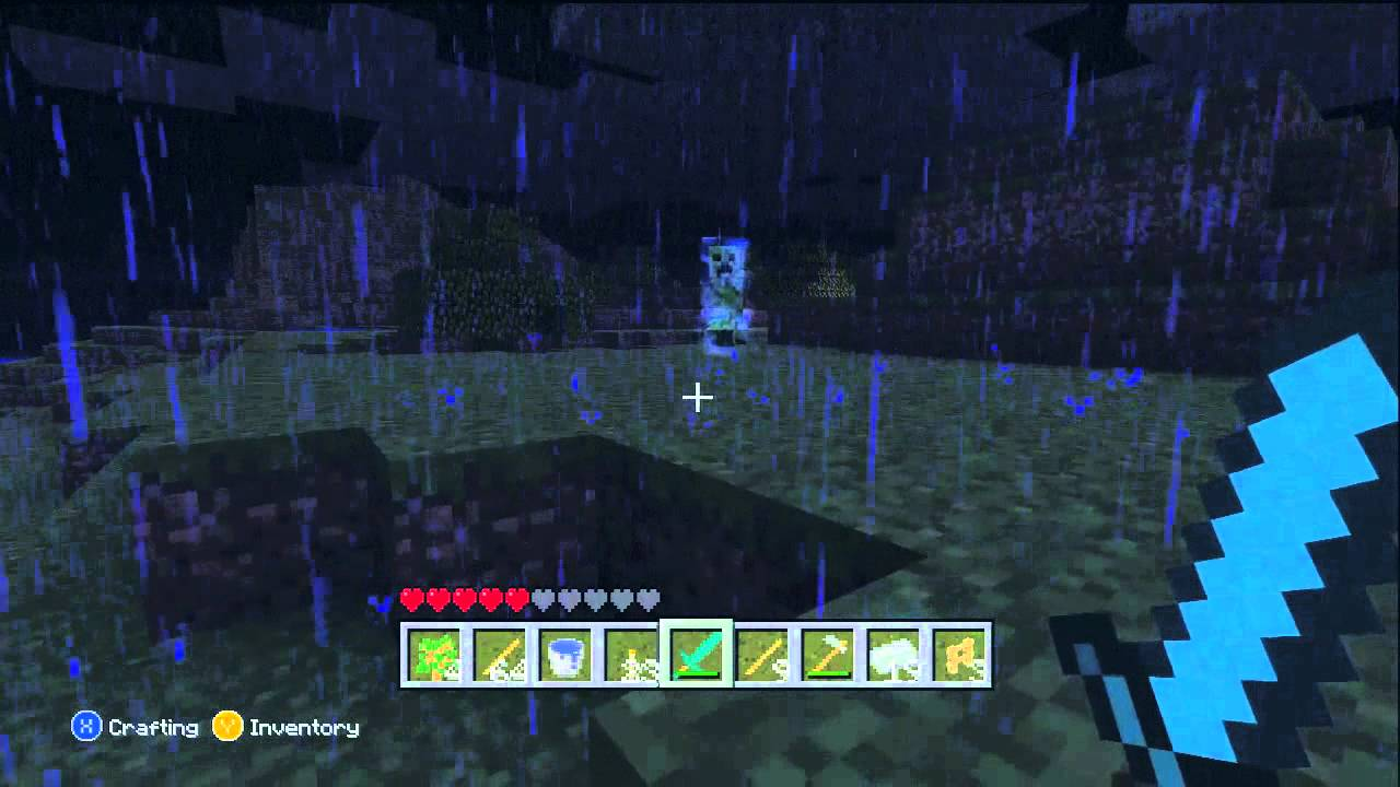 how to get a charged creeper in minecraft