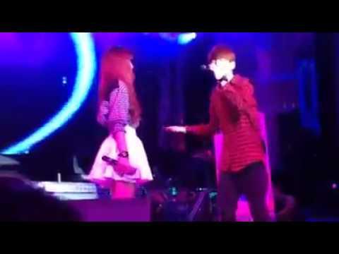 Offline Khởi My song ca Kelvin Khánh