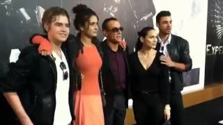 Van Damme With His Three Children And His Wife EX2 LA