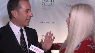 Jerry Seinfeld REJECTS Hug From Kesha In Cringeworthy Red Carpet Encounter