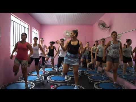 Beijinho no ombro, aula de jump, Prof Tici Ribeiro, Musica final Mix 26 turma 16hrs