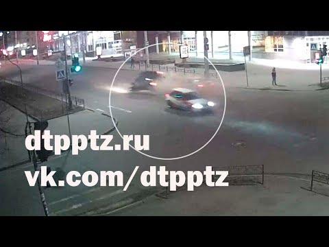 Гонка на проспекте Ленина привела к групповому ДТП