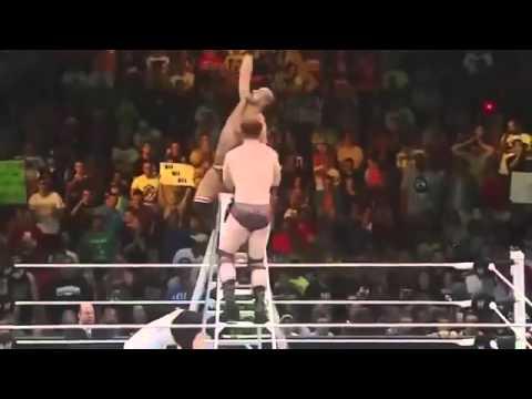 TRẬN ĐẤU CỦA NHỮNG SIÊU SAO MẠNH NHẤT WWE   CENA GẶP ROMAN REIGNS