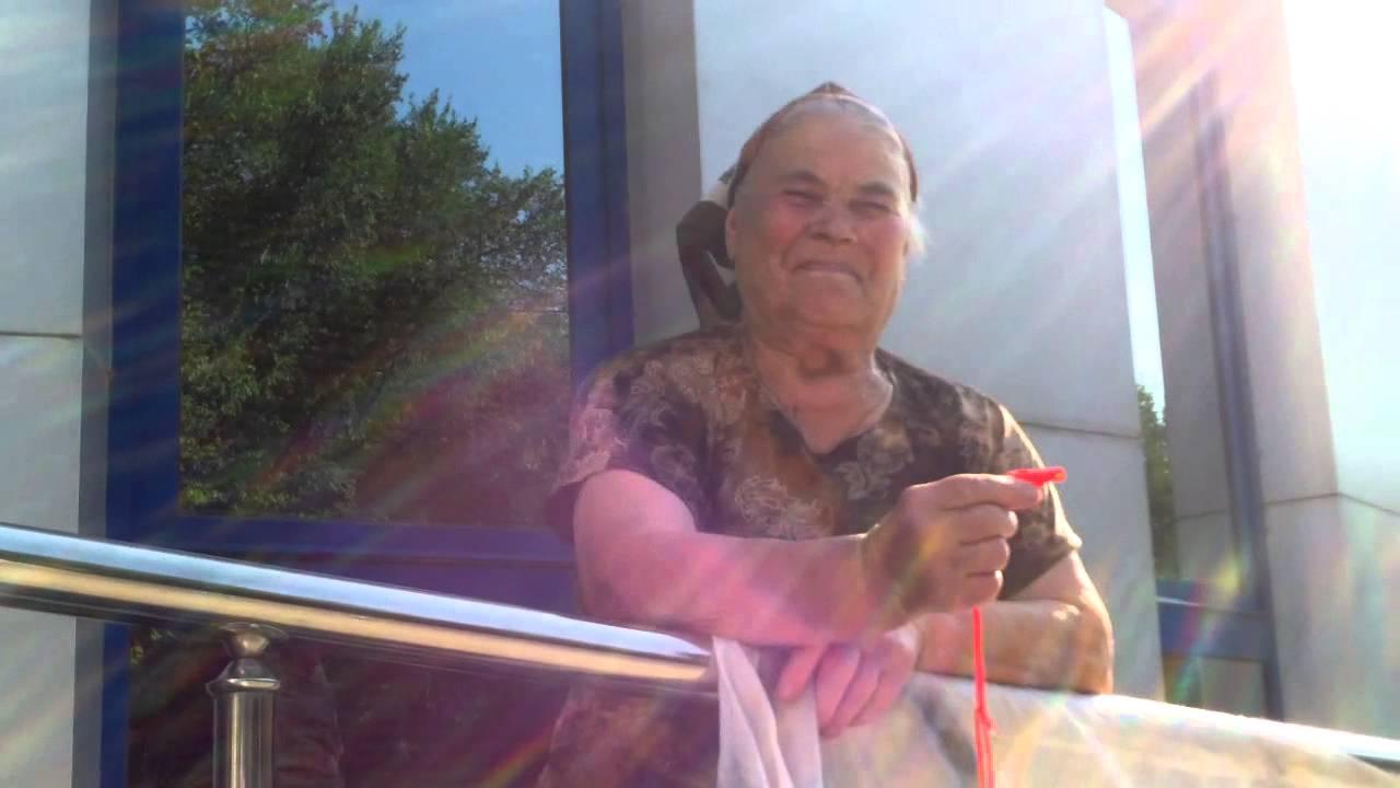Protest la #Fenosa, #9, alături de bunica Vera #Panaghiu