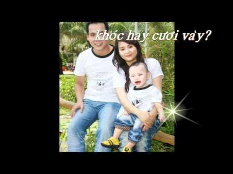 Hình ảnh gia đình bé lên 1 tuổi