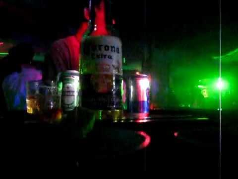 Ăn chơi nhảy múa Hoàng Yến Bar Quy Nhơn