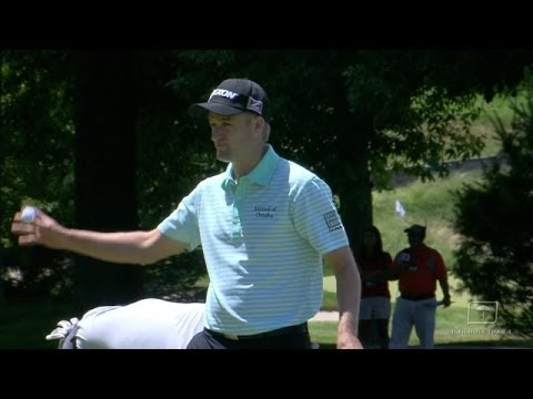 Russell Knox's delicate pitch sets up birdie on No. 15 at Travelers