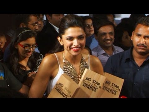 Deepika Padukone @ Big Star Entertainment Awards 2013