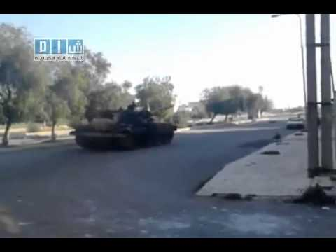 25-04-2011 Dara - Syrian Arab Republic ...... Syrian army enters the city of Dara.(6).flv