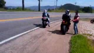 """Acidente De Moto Suzuki 1000 X Carro Vermelho Curva """"S"""