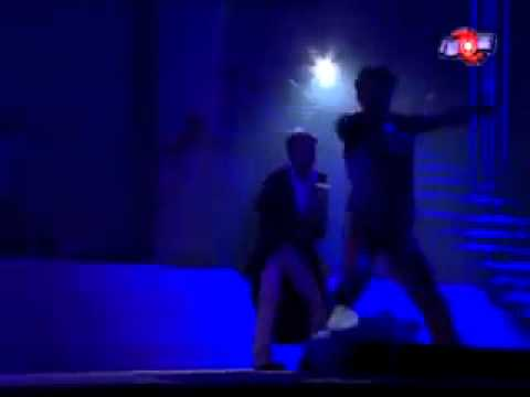 YouTube   Dam Vinh Hung   Co Don Minh Anh Remix   Live Show 2003 flv   YouTube