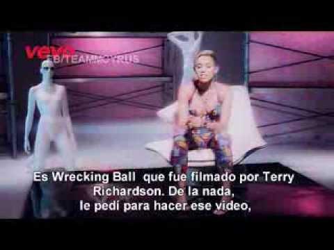 Wrecking Ball - Vevo Certified - Miley Cyrus (Traducido al Español)