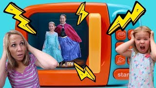 LIFE SIZE Magic Microwave ~ Playing with Princesses w/ Addy and Maya