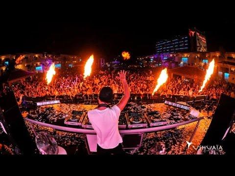 Avicii - Ultra Music Festival 2015 (Full HD)