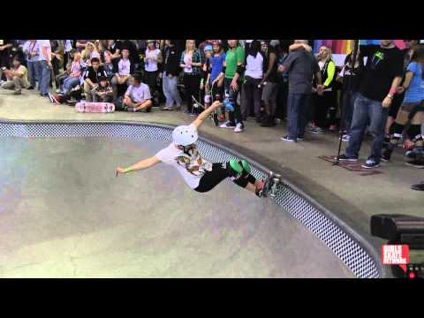 Alex Harper - Vans Girls Combi Pool Classic 2013