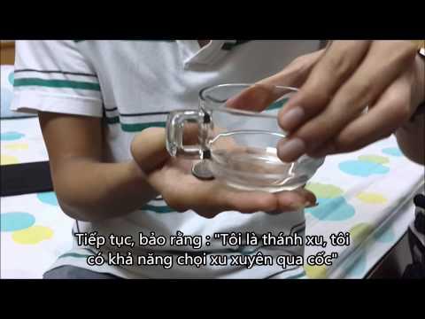 Hướng dẫn ảo thuật xu xuyên cốc đơn giản - PNhan.Com