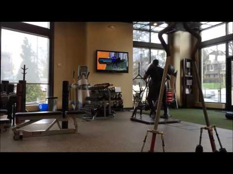 SURGE 360 Core Circuit Finishing Exercises with Stevie Baggs Jr at Catalyst Fitness