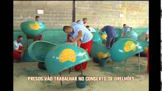Detentos reformam orelh�es em Ribeir�o das Neves