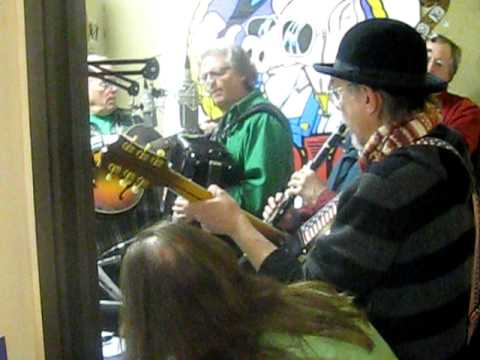 """Santa Lost a Ho""~the Christmas Jug Band at the Ham Jam xmas party 2009"