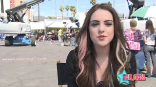 Liz Gilies On The Set Of Victorious