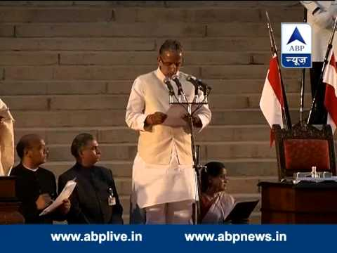 Krishna Pal takes oath as a Minister