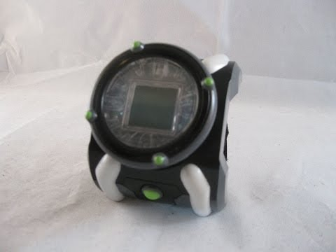 Ben 10 Classic Deluxe Omnitrix Review (LCD Game)