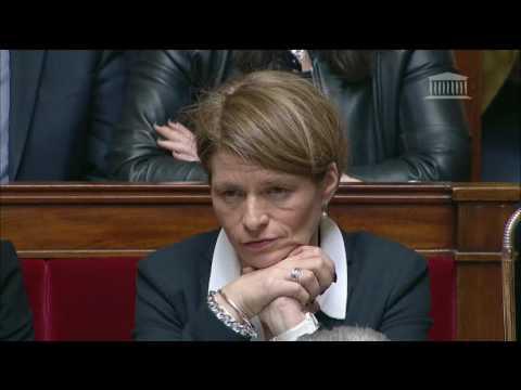 Mme Isabelle Le Callennec - Vaccins