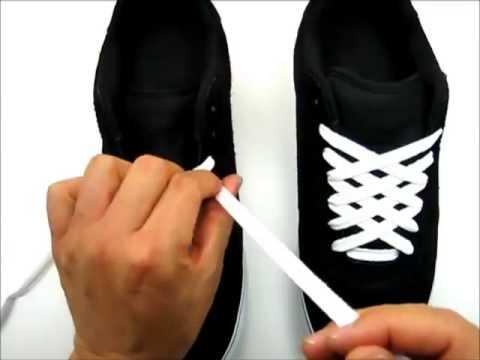 Cách buộc dây giày hình kim cương