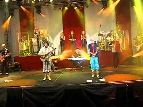 ENTRANDO NO M'BORORÉ - Osvaldir e Carlos Magrão - DVD Show Do Sul Volume 2 Ao vivo