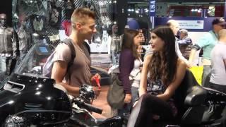 EICMA 2014: Hostesky na videu