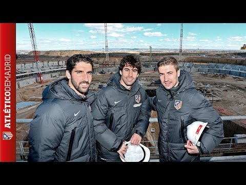 Visita a las obras del nuevo estadio / The team visited the site for the new stadium