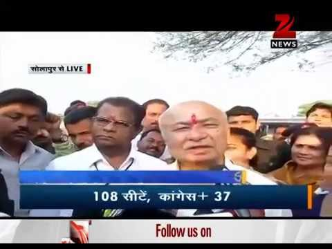 Elections 2014: SushilKumar Shinde, Supriya Sule cast their vote in Maharashtra