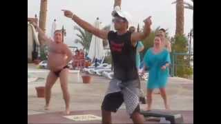Awesome Fat guy dancing in speedo
