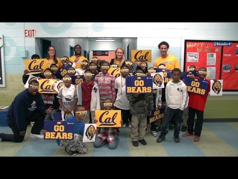 Cal Athletics: #GivingTuesday at the Boys & Girls Club of Oakland