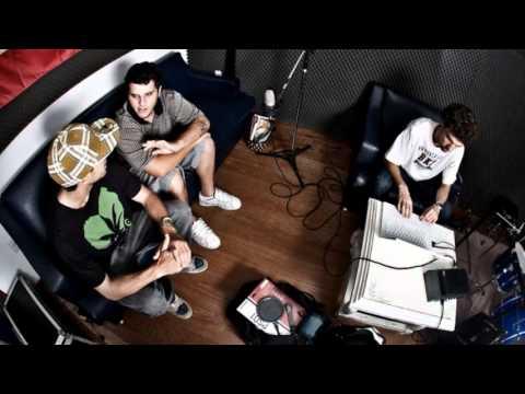 Mc Eltin - Pais da Ganja + LETRA (Prod. Luiz Café) (Oficial Audio HQ)