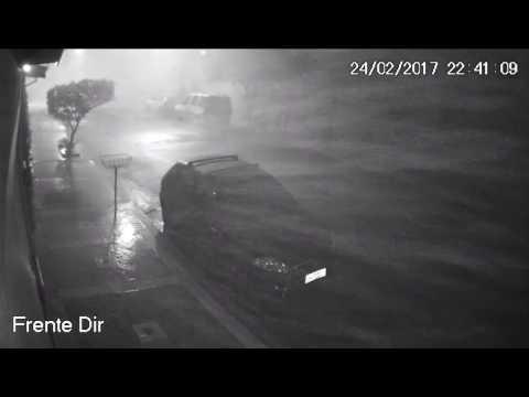 Vídeo Vídeo mostra força da tempestade que assustou os moradores do Santa Felícia