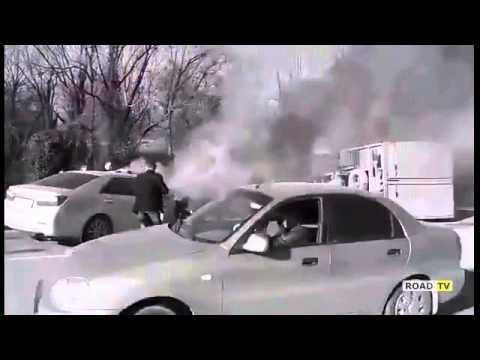 Пожар в Симферополе, Corolla протаранила грузовик