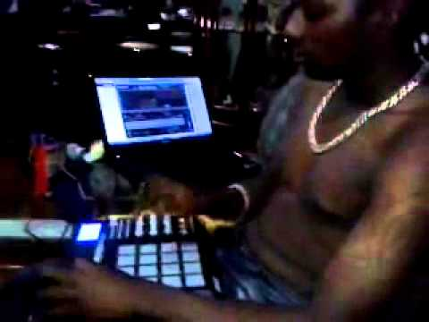 DJ Kbelinho vs Nego do borel - eu duvido voce aguenta uma dessa