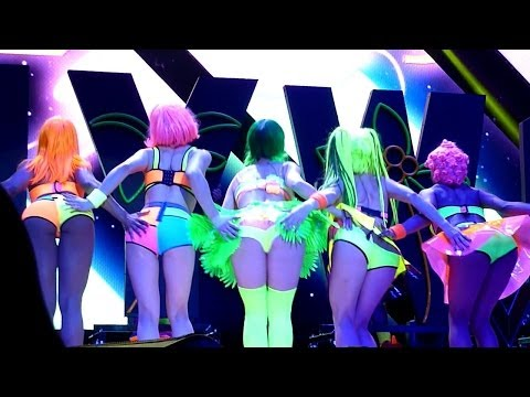 Katy Perry - California Gurls (Live - Phones 4u Arena, Manchester, UK, May 2014) California Girls