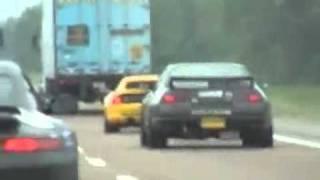 Policia vs coches de lujo