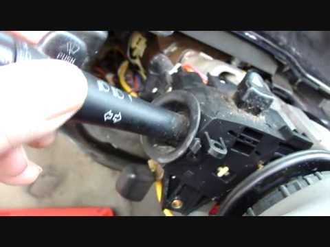 How Do I Replace The Headlight Bulb In A 2005 Buick Lacrosse | 2016