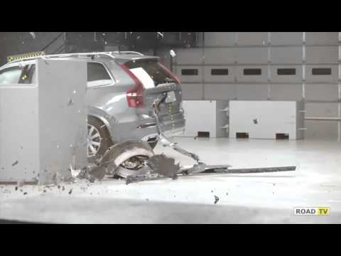 Crash-test Volvo XC90 SUV