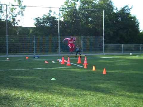 Keeperstraining Ajax keeper (Varshant) by Arben Kasolli - International Goalkeepercoach.